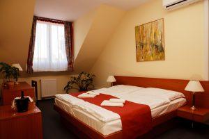 A Lipa Hotel izgalmas programokat és kényelmes szobákat kínál a kedves vendégeinek.