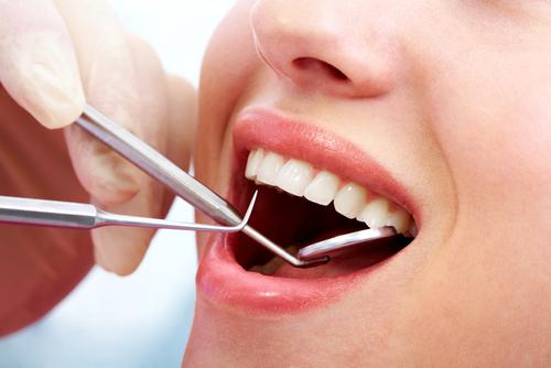 A Klinikák Dent fogorvosi rendelője elérhető árakon nyújt minőségi kezeléseket.