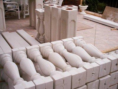 A Szabó Sablon minőségi beton díszítőelemeket gyárt.