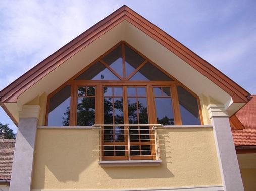 Kedvező árakon vásárolhat minőségi fa nyílászárókat a cégtől.