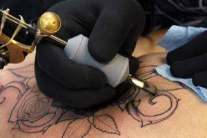 Tetoválások UV elleni védelme profi szinten.