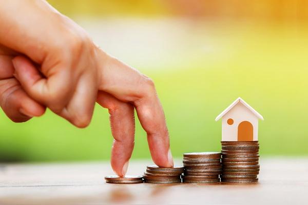 Az adósságrendező hitel előnyei.