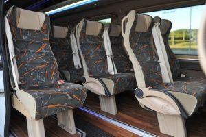 Nagyszerű mikrobusz bérlés igénylését jelezheti egy tapasztalt cégnél!